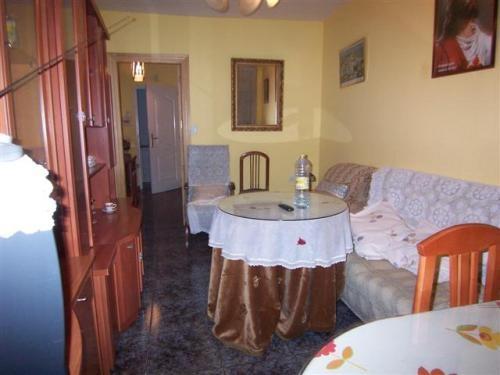 Bonito piso en valderrubio (granada)