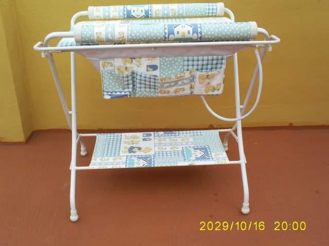 Casas cocinas mueble banera cambiador plegable bebe - Cambiadores plegables para bebes ...