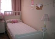 Preciosa habitación niña