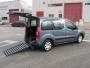coche adaptado para minusvalido, discapacitado en silla de ruedas