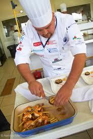 Curso cocinero profesional con prácticas, matrícula gratis.