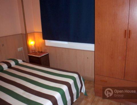 Se alquilan habitaciones en hostal tranquilo