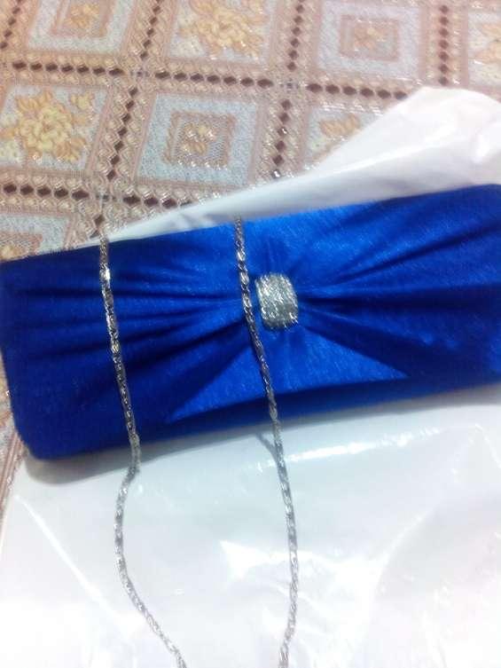 Vendo bolso de mano completamente nuevo para boda fiesta por 5 euros