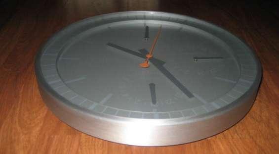 Fotos de Reloj de cocina en aluminio 3